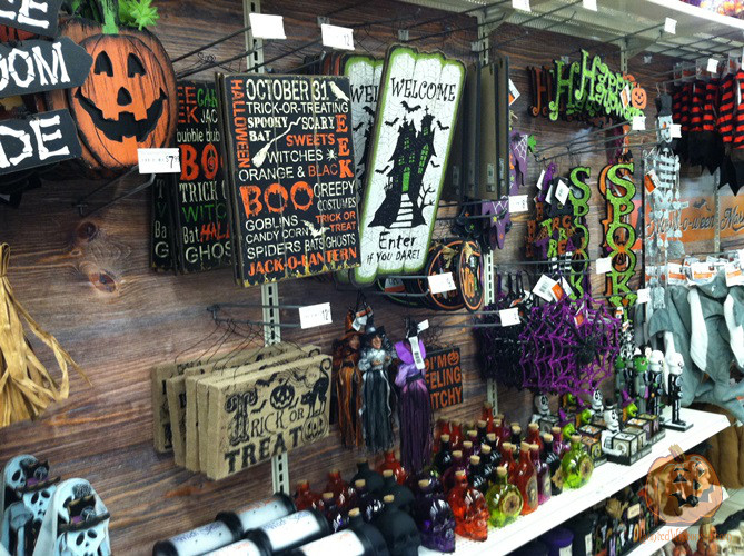 halloween display at michaels - Michaels Halloween
