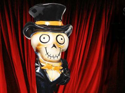Skeleton wearing a Tuxedo