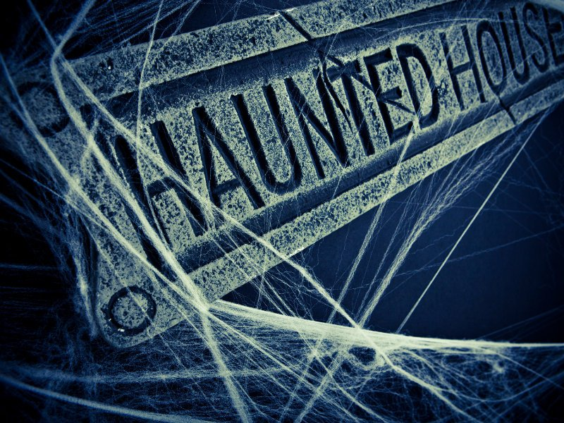 2021 Haunted attraction opening night schedule